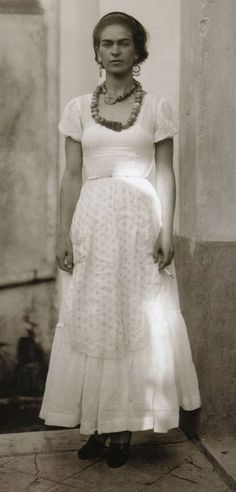Frida Kahlo photo by Guillermo Davila