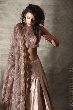 Pakistani Dresses, Indian Dresses, Indian Outfits, Indian Attire, Indian Wear, Bride Indian, Indian Style, India Fashion, Asian Fashion