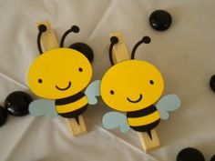 Bumble Bee Clothespins-Set of 12 Bee Crafts, Preschool Crafts, Diy And Crafts, Crafts For Kids, Paper Crafts, Mommy To Bee, Bee Party, Bee Theme, Spring Crafts