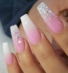 40 Lovely Nail Art Designs 2019 - Fashion & Glamour Trends 2019 - Katty Glamour - Hand Nail Design FoR Women Sparkle Nails, Gold Nails, Blue Nails, Glitter Nails, My Nails, Nails Inc, Simple Nail Designs, Nail Art Designs, Chrome Nails Designs