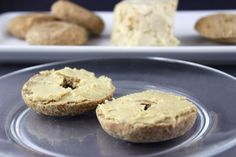 This sprouted raw vegan bagel recipe is based off of an ancient recipe, essene bread or manna. The result is a delicious crusty bagel perfectly paired with cashew cream cheese or jam. Vegan Bagel, Vegan Pizza, Vegan Bread, Ancient Recipes, Raw Vegan Recipes, Vegan Food, Healthy Recipes, Vegan Chocolate Chip Cookies, Bagel Recipe