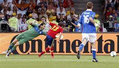 Juan Mata cerró la cuenta para España