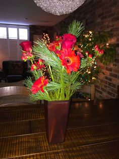 #Christmas #FlowerArrangement // #Pine-riffic
