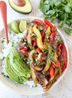 Vegan Fajita Rice Bowl Recipe | potluck at ohmyveggies.com