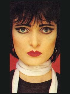 Maybe it's just the makeup, but Siouxsie Sioux undoubtedly has an interesting face.