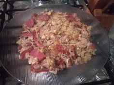 Mexido (stirred)  Bom para aquela hora da ceia à noite (Good for one night at supper time).  Contém(contains): arroz, feijão, bacon, linguiça calabreza e ovo frito(rice, beans, bacon, sausage and fried egg Calabreza).