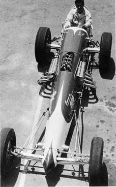 History - Drag cars in motion. Drag Racing, Auto Racing, Top Fuel Dragster, Speed Racer, Old Race Cars, Drag Cars, Car Humor, Race Day, The Good Old Days