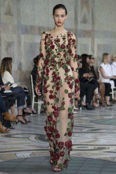 Collezione Giambattista Valli Couture Autunno-Inverno 2017-2018 - Abito  nude con fiori Giambattista f846f0e77b5