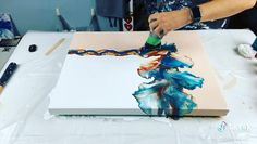 Acrylic Pouring Art, Acrylic Art, Diy Abstract Art, Diy Painting, Pour Painting, Diy Resin Art, Diy Art, Diy Canvas Art, Painting Techniques