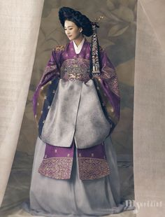 ~ Living a Beautiful Life ~ 한복 Hanbok : Korean traditional clothes[dress] Style Oriental, Oriental Fashion, Ethnic Fashion, Asian Fashion, Korean Traditional Clothes, Traditional Fashion, Traditional Dresses, Korean Dress, Korean Outfits