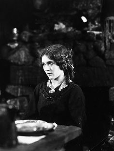 Mary Pickford in A Romance of the Redwoods, Dorothy Gish, Louise Smith, Artist Film, Douglas Fairbanks, Mary Pickford, Film Studio, Silent Film, Classic Films, Best Actress