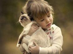 Elena Shumilova photographie ses enfants et les animaux de la ferme