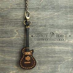 ★Bronze Horse★Изделия из кожи @gorodkov_av - Подвес в виде гитары на п...Yooying