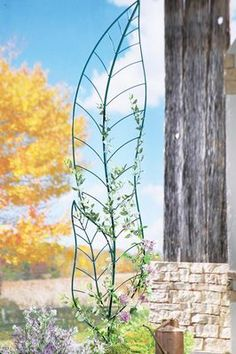Leaf Trellis Garden Sculpture Metal Yard Decor