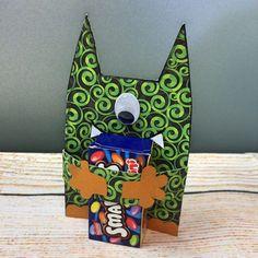 Planst Du eine schaurige Halloween-Party oder einen Monster-Kindergeburtstag? Diese erschreckend-schöne Einladung ist einfach herzustellen. In blog.balloonas.com zeigen wir Dir, wie es geht. Weitere Ideen rund um Deinen Kindergeburtstag und um andere Events mit Kids findest Du bei blog.balloonas.com
