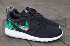 Free Shipping  Nike Roshe Run Black White Marble by NYCustoms, $160.00