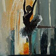 Mahnoor Shah works on illustration, figurative painting, portraits in the style of abstract expressionism. She mainly uses Oil, Acrylic, Watercolors & Easy Canvas Painting, Canvas Art, Diy Canvas, Ballerina Painting, Dance Paintings, Oil Paintings, Ballet Art, Abstract Painters, Dance Art