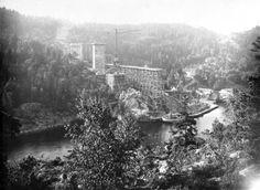 Bygget av Svinesundsbron, sedan 2005 kallas den Gamla Svinesundsbron
