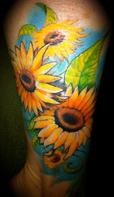 The most beautiful sunflower tattoo...