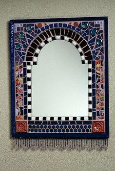 Mirror with Bead Fringe by Plum Art Mosaics Mirror Mosaic, Mosaic Wall, Mosaic Glass, Mosaic Tiles, Mosaics, Unique Mirrors, Beautiful Mirrors, Handmade Mirrors, Mosaic Crafts
