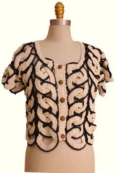 Captivating Crochet a Bodycon Dress Top Ideas. Dazzling Crochet a Bodycon Dress Top Ideas. Gilet Crochet, Crochet Coat, Crochet Jacket, Crochet Cardigan, Crochet Clothes, Crochet Bodycon Dresses, Black Crochet Dress, Moda Crochet, Crochet Summer Tops