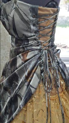 Camo prom dress 2014 How i want the back of my wedding dress! Camo Wedding Dresses, Blue Homecoming Dresses, Prom Dresses 2016, Country Wedding Dresses, Princess Wedding Dresses, Ball Gown Dresses, Trendy Dresses, Cute Dresses, Beautiful Dresses