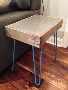 Side Table   Pallet Wood, Concrete And Hairpin Legs