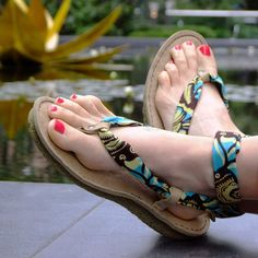 There are many reasons that we love summer – and one of the main ones is that we get to bare our toes and feet, in the comfort and style of our Po-Zu sandals