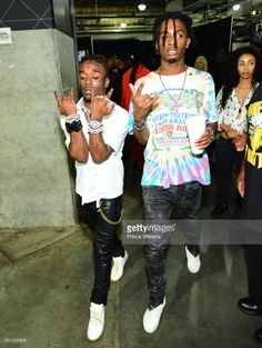 Lil Uzi Vert And Playboi Carti attend the Hot Birthday Bash at Philips Arena on June 2017 in Atlanta, Georgia. Aesthetic Images, Aesthetic Videos, Aesthetic Wallpapers, Rapper Wallpaper Iphone, Rap Wallpaper, Cover Wallpaper, Wallpaper Stickers, Travis Scott, Hip Hop Fashion