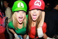 Sexy Mario & Luigi