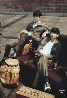 Chanbaek is life 😍😍😍 Chanbaek Fanart, Exo Chanbaek, Chanyeol Baekhyun, Park Chanyeol, Taekook, Namjin, Yoonmin, K Pop, Exo Couple