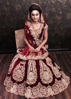 Bridal look. Lehenga Reception, Lehenga Wedding, Indian Bridal Lehenga, Indian Bridal Wear, Pakistani Bridal Dresses, Asian Bridal, Indian Dresses, Bridal Sarees, Asian Wedding Dress