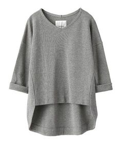 Milan Tail Cut Pullover at The Virgnia . Classic White Shirt, White Shirts Women, Grey Crop Top, Mode Plus, Casual Tops For Women, Cut Shirts, Mode Inspiration, Diy Clothes, Knitwear