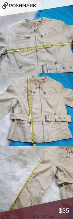 Lg big chill cream faux leather jacket Big Chill vintage faux leather jacket and cream color. Very good condition almost like new dull silver Hardware with Big Chill logo on accent buttons one inside pocket four front pockets all functional very stylish piece Big Chill Jackets & Coats