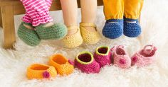 Baby Born How you easily and always different many cute doll shoes for your . Learn To Crochet, Crochet For Kids, Crochet Baby, Crochet Instructions, Baby Born, Doll Shoes, Doll Clothes Patterns, Diy Doll, Cute Dolls