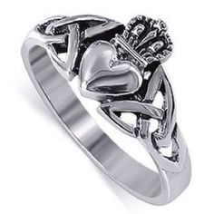 the irish claddagh ring (: