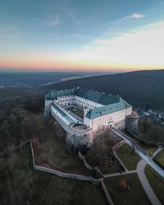 Castles, Châteaux, and Fortresses - Content concerning historic fortifications and palaces. Fortification, Bratislava, High Quality Images, Airplane View, Fairy Tales, Medieval, Europe, History, Instagram Posts