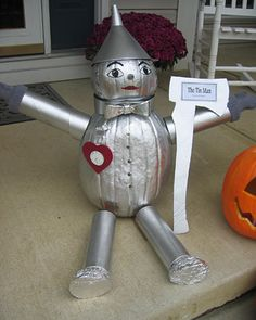 "Cute idea for a ""non-scary"" Halloween pumpkin.  Love The Wizard of Oz...Tin Man was always my favorite."