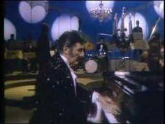 1969 Liberace Show playing Tchaikovsky
