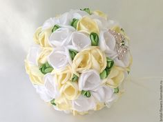 Купить Брошь букет невесты из фрезий. Белый и айвори - белый, айвори, молочный, фрезии