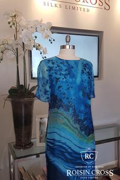 Dressmaking service for ladies day wear and occasional wear dresses and blouses at Roisin Cross Silks, Dublin Call us on 1 2846282 Day Dresses, Summer Dresses, Dress Making Patterns, Printed Silk, Silk Chiffon, Ladies Day, Cobalt Blue, Dressmaking, Lady