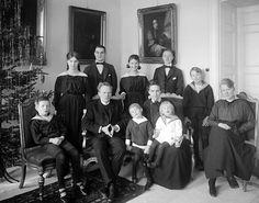 Bürgerliche Familie um 1900
