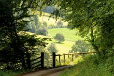 ***Country Lane leading to the River Wye (near Newland, Gloucestershire, England) by Iain Harris Landscape Photography, Nature Photography, House Photography, Beautiful Places, Beautiful Pictures, English Countryside, Country Life, Country Roads, Belle Photo