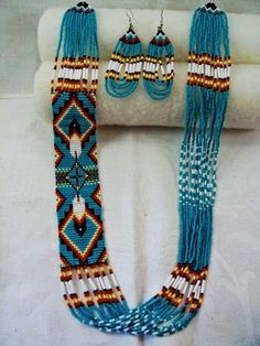 loom beading patterns bracelets | ... Navajo Style Feather Design Loom Beadwork Necklace and Earrings Set by Banphrionsa