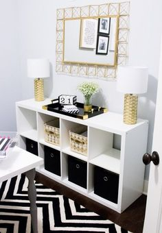 Home Office Tour | Southern Made Blog - Simple and sleek black, white, and gold home office reveal. @safaviehrugs @hobbylobby @target @athomestores