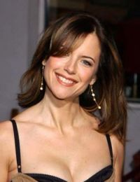 Kelly Preston biography, images and filmography. Read and view everything you want to know not only about Kelly Preston, but you can pick the celebrity of your choice. Most Beautiful Faces, Simply Beautiful, Beautiful Women, John Travolta Kelly Preston, Celebrity List, Female Stars, My Photos, Fashion Beauty, Hair Beauty