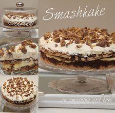 My Little Kitchen: Smash Cake Pudding Desserts, No Bake Desserts, Candy Recipes, Dessert Recipes, Banana Split Dessert, Gooey Cake, Norwegian Food, Sweets Cake, Pavlova