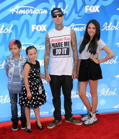 Travis Barker attended the American Idol 2013 finale last Thursday (May 16) with his children Landon, 9, and Alabama, 7. Atiana Cecilia de la Hoya, 14, also went with them.