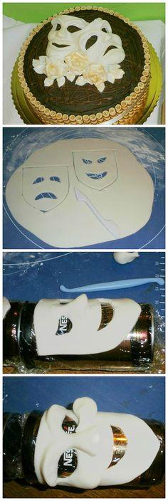 Ako vymodelovať divadelné masky? Stačí Smartflex,  dóza od kávy, potravinová fólia. Pozrite si podrobný postup na tortyodmamy.sk