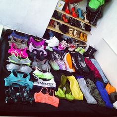 I want this girl's entire wardrobe Our wardrobe looks a lot like this. | 21 Secrets Girls Who Lift Won't Tell You